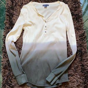 Long sleeve 1/4 down button tshirt
